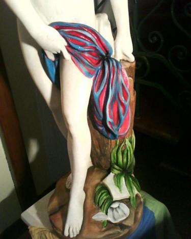 Peinture sur statue