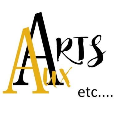 AUX ARTS etc.... Atelier / Boutique. Avec:  SACCAGE, Edith DONC, Frédérique BAUDIN, Mc HOURS. Hyères centre.