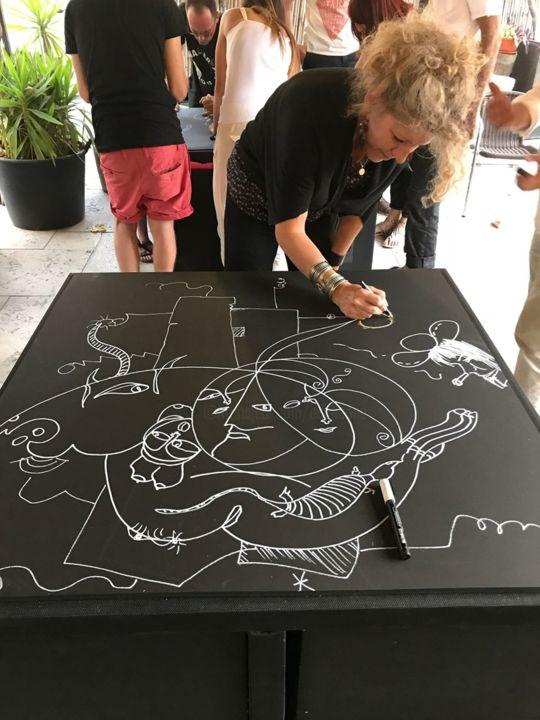 EDITH DONC - Peinture et dessin collectif sur table